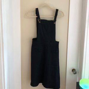 Adorable field Day knee length overall dress